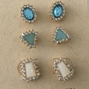 Jewelry - 3 pair of Earrings